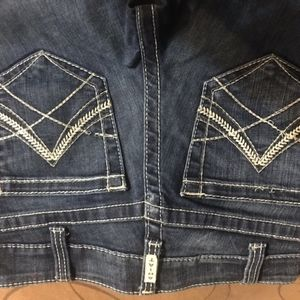 Brand new Ariat Jeans!